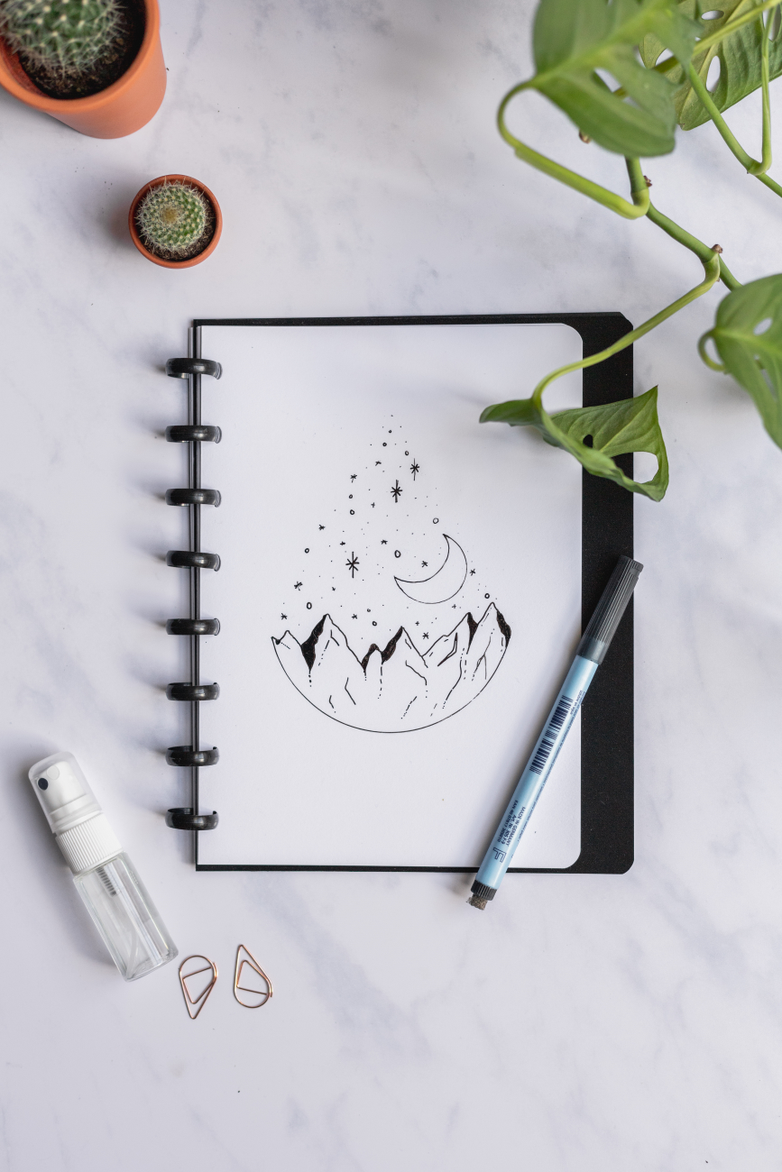 Wiederverwendbares Notizbuch mit löschbaren Blankoseiten, Zero Waste