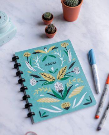 Asoki Planer mit einem Cover designt von Sanny van Loon, Blumenprint